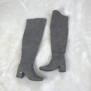 HP TOMMY HILFIGER GREY SUEDE KNEE HIGH BOOTS 6